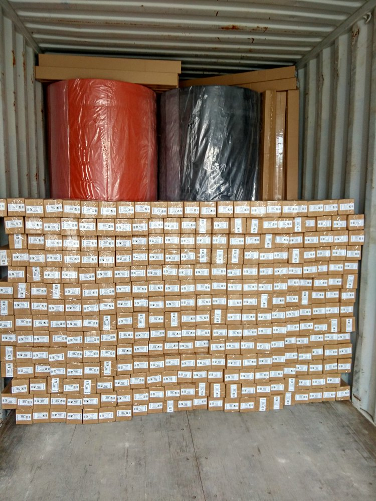 MANUFACTURE OF NON-WOVEN - SPUNBOND - HOSTELERY SECTOR FOR OUR CUSTOMER CGMP OF FRANCE