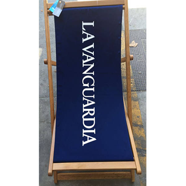 MANUFACTURE OF ADVERTISING HAMMOCKS FOR 'LA VANGUARDIA'