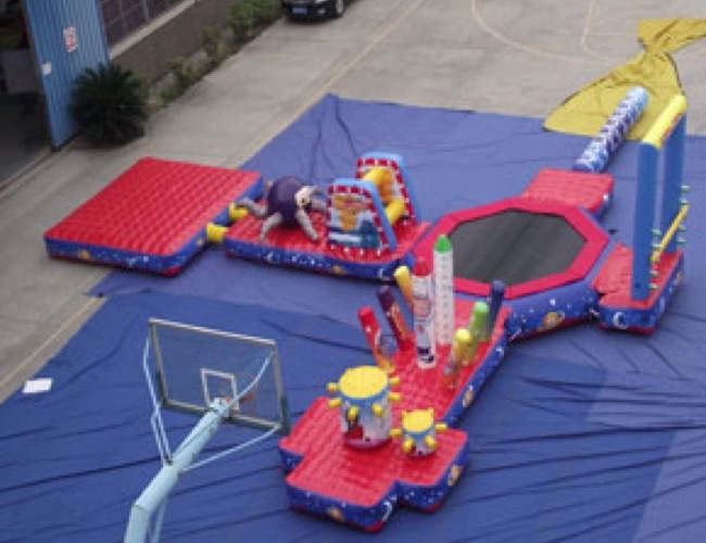 Inflatable obstacle circuit