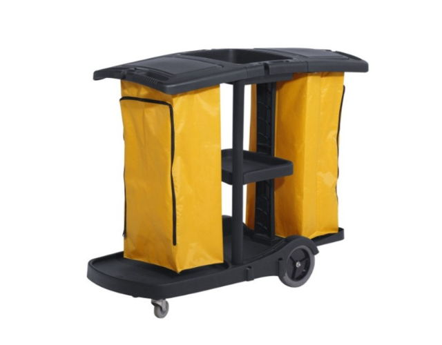 Janitor cart with cover