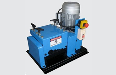 Automatic wire stripping machine (V-007)